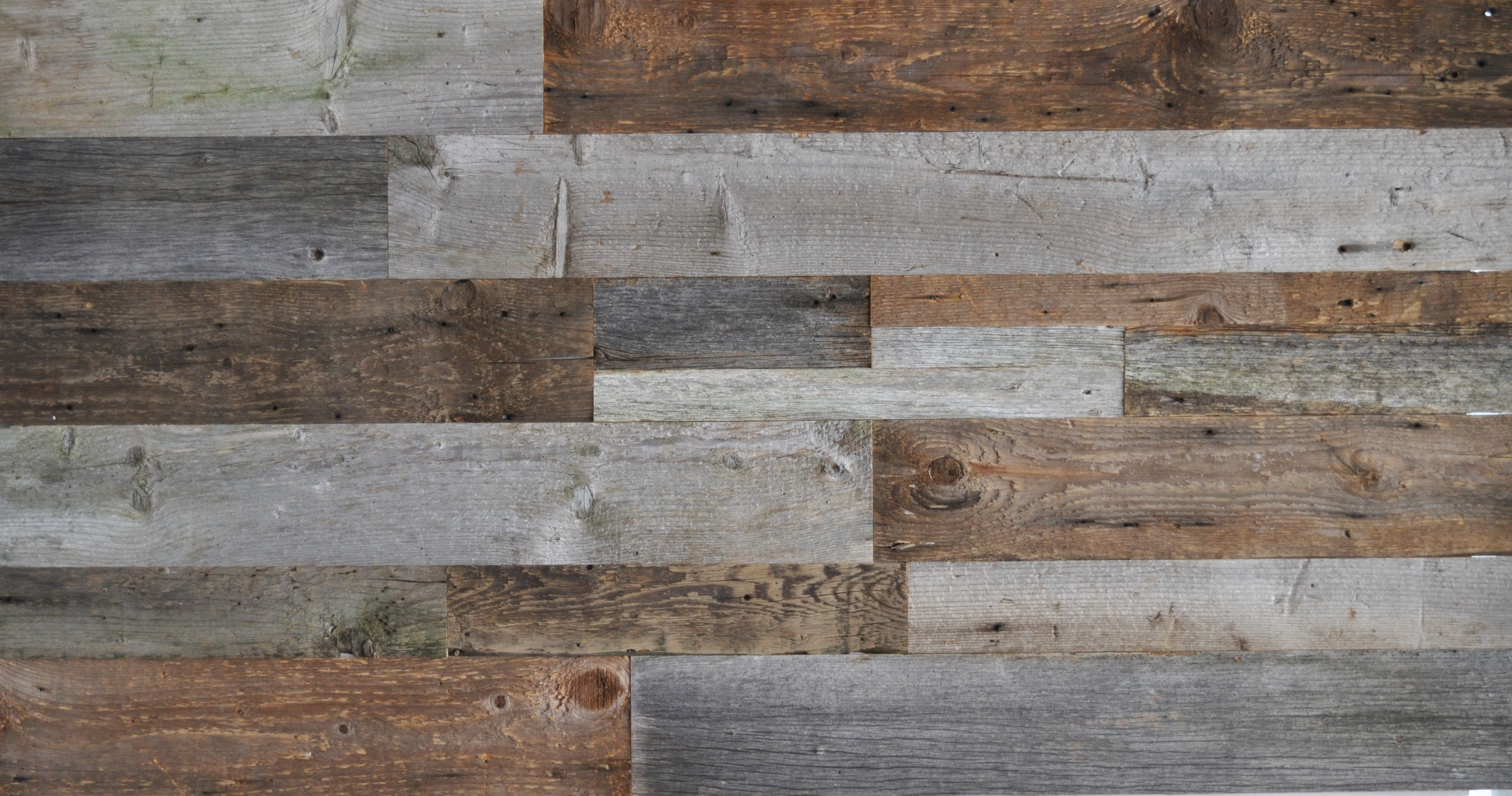 Diy reclaimed wood accent wall grey and natural brown for Reclaimed flooring