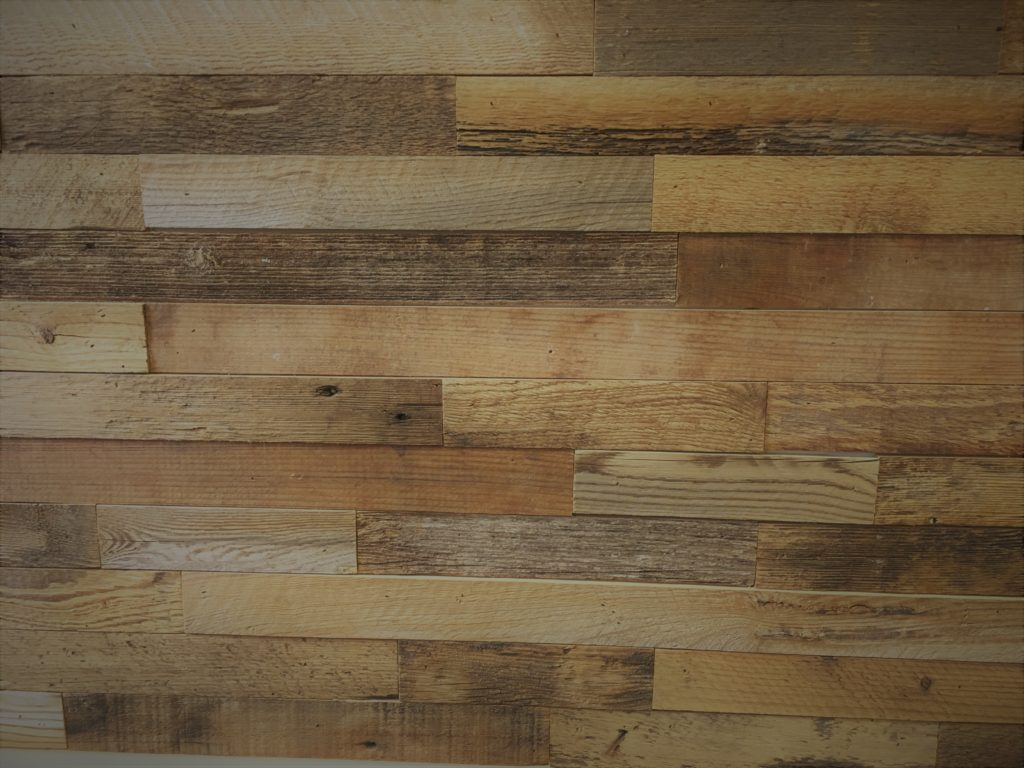 Diy Reclaimed Wood Accent Wall Brown Sealed And Waxed 2